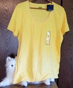 NWT Basic Editions v neck yellow tee